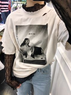 Blusa Promotion Cotton Broadcloth Regular O-neck Fashion Tops 2017 New Women's T-shirt Printed Hole Personality Female