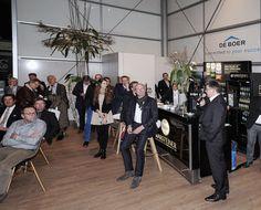 Unser Geschäftsführer Detlef Schmitz begrüßt die #BOE16 Messebesucher am De Boer Stand zum Round Table Fachtalk mit 5 Event-Experten!