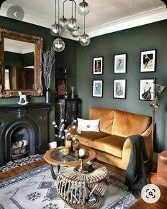 Dark Green Living Room, Dark Walls Living Room, Living Room Color Schemes, Living Room Colors, Living Room Paint, New Living Room, My New Room, Colour Schemes, Green Living Room Ideas
