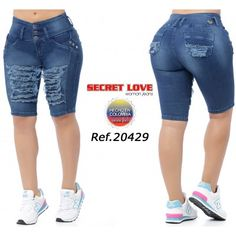 Love Jeans, Sexy Jeans, Jeans Style, Curvy Outfits, Sexy Outfits, Ripped Bermuda Shorts, African Print Pants, Best Jeans For Women, Sexy Skirt