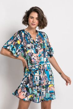 Garotas Geeks | Batman e The Flash viram tema de coleção de pijamas da Warner e Acuo Short Sleeve Dresses, Dresses With Sleeves, Vestido Casual, The Flash, Ideias Fashion, Wrap Dress, Geek Stuff, Toque, Geeks