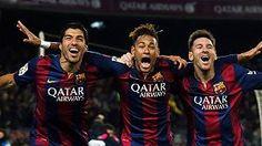Während der FC Bayern über sein Pokal-Aus und neue Verletzte trauert, schießt sich Barcelona für das Champions-League-Duell warm. Die Katalanen feiern die nächste Traumtorgala – das Sturmtrio Neymar, Messi und Suarez hat diese Saison zusammen schon mehr als 100 Tore geschossen.» http://www.focus.de/sport/videos/neymar-messi-und-suarez-bayern-aufgepasst-barca-star-trio-hat-jetzt-mehr-als-100-tore-geschossen_id_4647747.html
