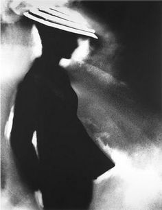 hat Lillian Bassman Tunic Suit, Sunny Harnett, for Harper's Bazaar, New York, July 1955[4]