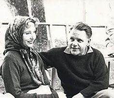 """Lawrence Durrell à Sommières avec Anaïs Nin au café """"Le Glacier"""" / Photo de Y. Mouret #Durrell #LawrenceDurrell #AnaisNin"""