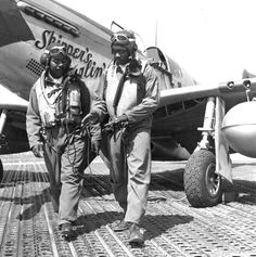 """Andrew Turner and Lt. Clarence """"Lucky"""" Lester of the Fighter Group discuss tactics near Skipper's Darlin' III in Italy in At the time, Lester had shot down three German airplanes in air-to-air combat. P51 Mustang, Tuskegee Airmen, History Online, Fighter Pilot, Nose Art, American Soldiers, Thing 1, African American History, Military History"""