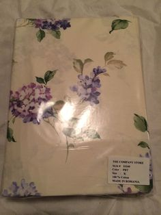 The Company Store King Fitted Sheet Cream and Purple flowers 100% Cotton EO40 #TheCompanyStore