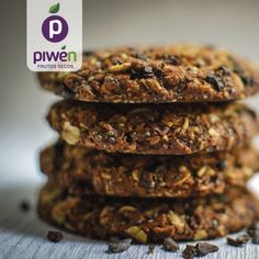 A combination of crunchy cacao nibs and chia seeds will help take some of the guilt out of these delicious flapjack cookies. Walnut Cookie Recipes, Walnut Cookies, Cacao Powder Benefits, Food And Thought, Great British Chefs, Biscotti Recipe, Tea Time Snacks, Cacao Nibs, Crack Crackers
