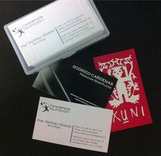 Tarjetas de presentación, impresión en distintos sistemas: serigrafía, offset y digital.