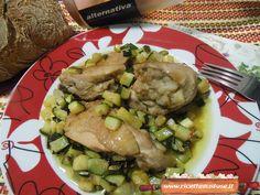Pollo alle zucchine, la ricetta per preparare un appetitoso secondo di carne, reso ancora più gustoso dalla presenza delle zucchine come condimento!