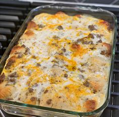 Biscuits and Gravy Breakfast Casserole Breakfast Biscuits, Breakfast Dishes, Breakfast Time, Breakfast Recipes, Biscuit Breakfast Casserole, Breakfast Ideas, Brunch Casserole, Breakfast Burritos, Brunch Recipes
