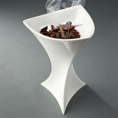 Nedda-porcelain incense burner smoking.jpg
