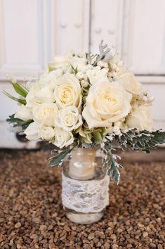 22 Amazingly Beautiful Wedding Bouquet Ideas. To see more: http://www.modwedding.com/2014/01/19/22-amazingly-beautiful-wedding-bouquet-ideas/ #wedding #weddings