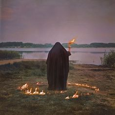 Scorpio ~ Witchy woman ~ Natural healing ~ Belief in the cosmos and magic The Wicked The Divine, Arte Obscura, Spiritus, Season Of The Witch, Witch Aesthetic, Aesthetic Dark, Dark Photography, The Witcher, Coven