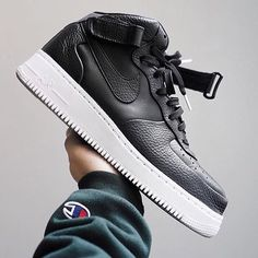 huge discount eb606 b260e ...  trending  boutique  urbanwear  urbanoutfitters  urbanphotography   kicks  shoes  menshoes  menskicks  designer  hypebeast  nike  airforce1   hightops