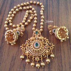Matt+Finish+Antique+Short+Necklace+From+Kruthika+Jewellery #GoldJewelleryRoyal