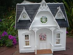 Black & White Orchid & yellow Arthur 006.jpg - HOUSES FOR KIDS FIGHTING CANCER - Gallery - The Greenleaf Miniature Community