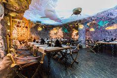 Restorani veidi maagilises ja lummavas atmosfääris saab nautida erinevaid mereande.