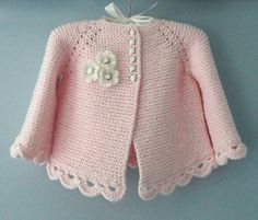 Knitting Pattern for Garter Stitch Baby JacketBaby cardigan knit in garter stitch with options for knit edging or crochet edging. Sizes 0 – 3 months and 3 – 6 months.Striped Short And Long Sleeved BabyThis Pin was discovered by Dönbeauty and thi Baby Cardigan, Cardigan Bebe, Crochet Cardigan, Knit Crochet, Knitted Baby, Sweater Jacket, Baby Knitting Patterns, Baby Patterns, Knitting Ideas