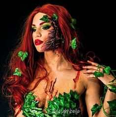 If you want to be a DC Comics villain for Halloween, look no further than Poison Ivy. Check out our best DIY Poison Ivy costume ideas for Halloween right here that are as easy to make as they are gorgeous and unique. Poison Ivy Cosplay, Poison Ivy Kostüm, Poison Ivy Halloween Costume, Poison Ivy Makeup, Cool Halloween Makeup, Halloween Costumes, Diy Posion Ivy Costume, Halloween Halloween, Couple Halloween