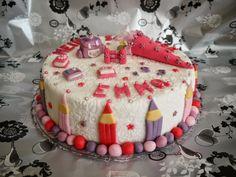 School Cake, Cupcakes, Fondant Flowers, Back To School, Desserts, Flott, Greta, Garage, Food Cakes