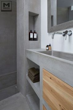 For the past year the bathroom design ideas were dominated by All-white bathroom, black and white retro tiles and seamless shower room  #Smallbathroom #bathroomideas #Masterbathroom  #bathroomInterior #bathroomdesign #Bathroomtile #Masterbathroom  #bathroomremodel #luxurybathroom #whitebathroom #concretebathroom