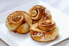 Finn Cuisine: Korvapuusti (petits pains à la canelle et à la cardamome)