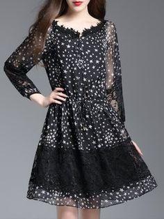 Black Star Printed Guipure Casual Midi Dress
