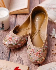 Stunning and quirky bridal footwear for a complete bridal look! White Heels, Pink Heels, Shoes Heels, Pencil Heels, Shoe Story, Indian Costumes, Western Outfits, Party Shoes, Bridal Looks