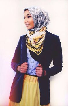 @Essra Mokachar Azim Don't look back You're not going that way <3 #essra #valessie  (Y) <3