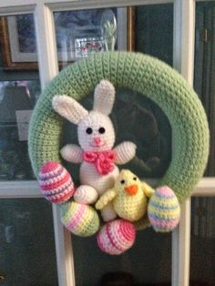 Crocheted Wreath Easter Bunny Wreath Crochet Christmas Ornaments, Holiday Crochet, Crochet Home, Crochet Gifts, Crochet Wreath, Easter Crochet Patterns, Crochet Decoration, Easter Wreaths, Spring Crafts