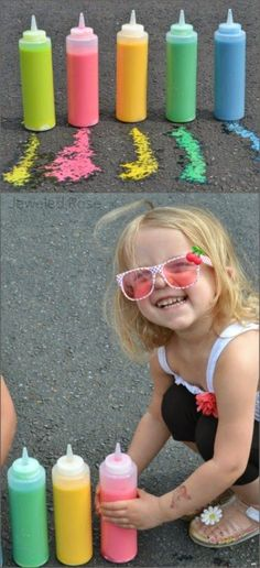 Sidewalk Squirty Paint - this stuff is so fun it kept my kids playing for a whole afternoon! {Only 3 ingredients!} Sidewalk Squirty Paint - this stuff is so fun it kept my kids playing for a whole afternoon! {Only 3 ingredients! Summer Crafts, Fun Crafts, Crafts For Kids, Kids Diy, 3 Kids, Craft Activities For Kids, Projects For Kids, Diy Projects, Babysitting Activities