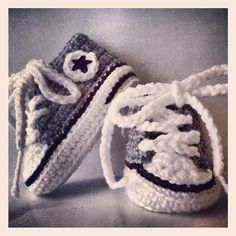 Knitted baby allstars ☆