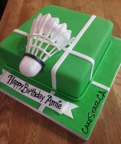Badminton cake! Design: CakeStar.ca