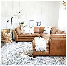 Living Room Sectional, Living Room Carpet, Cozy Living Rooms, Rugs In Living Room, Living Room Designs, Brown Sectional, Tan Sofa Living Room Ideas, Tan Couch Decor, Brown Sofas