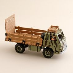 Kids' Schleich® camo truck with driver Camo Truck Accessories, Retro Bicycle, Italian Leather Shoes, J Crew Men, Book Girl, Pet Toys, Cool Kids, Baby Boy, Trucks