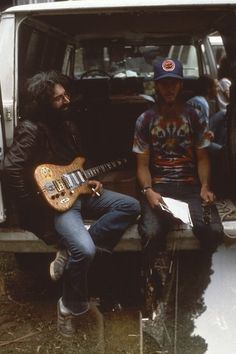 "fuck yes grateful dead — kinggregree: Jerry Garcia & ""Tex"" (last name. Dead Pictures, Dead Pics, Mickey Hart, Bob Weir, Dead And Company, Psychedelic Rock, Forever Grateful, Grateful Dead, Great Bands"