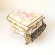 Vintage Porcelain White Pink Floral Gold Tone Trim Wind Up Piano Music Box