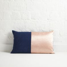 Flower-dyed cushions by Katherine May | The New Craftsmen