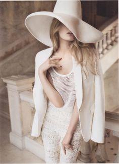 Constance Jablonski by Alex Cayley for Vogue Spain Feb 2011.
