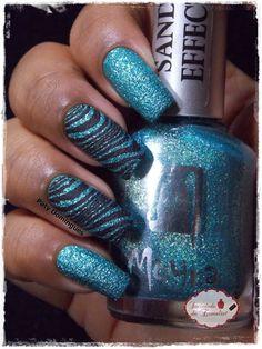 853 - Jasmine's Wish - Moyra carimbado com Sugar Bubbles SB 047 #esmaltadasdapatydomingues #liquidsand  #moyra #carimbada #sugarbubbles