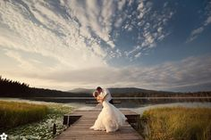 Lake Weddings | Whonnock Lake Wedding | Sakura Photography | Vancouver Weddings