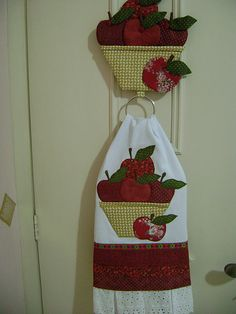Sewing Tutorials, Sewing Crafts, Sewing Projects, Projects To Try, Patch Quilt, Kids Crafts, Diy And Crafts, Apple Decorations, Deco Table