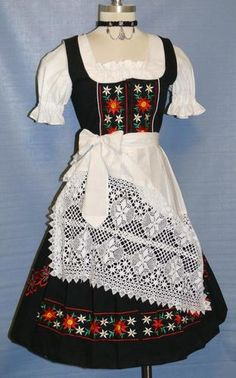need one for Oktoberfest! Oktoberfest Outfit, Traditional German Clothing, Traditional Dresses, Octoberfest Costume, Pinup, European Costumes, German Costume, German Outfit, Dirndl Dress