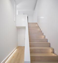 18 Humberto Conde-Parede 11 House