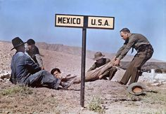 Two Border Patrol officers appear to struggle with a fugitive in the U.S as he tries to get back to Mexico, 1939. The photo is likely staged. Photo credit: Luis Marden Creepy Photos, Funny Photos, Do You Like It, This Is Us, Rare Historical Photos, Abandoned Cities, Perfectly Timed Photos, Nation State, Military Training