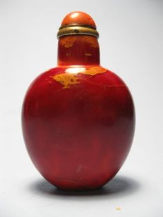 Antique Chinese glass snuff bottle
