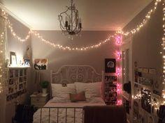 Look i redecorated my room 💕 Tumblr Bedroom, Tumblr Rooms, Room Ideas Bedroom, Cozy Bedroom, Christmas Lights In Bedroom, Dope Rooms, Hangout Room, Photo Room, Bedroom Ceiling