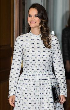 http://worldroyalfamily.blogspot.hu/2017/11/swedish-royals-attend-symposium-on.html
