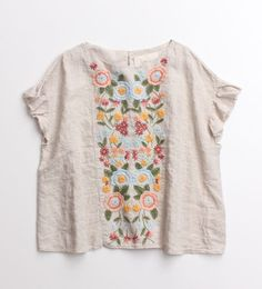 umla:  (via Embroidered | Fashion: My Favorites | Pinterest)