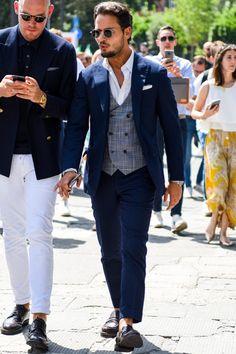 オッドジレを取り入れてスーツ・ジャケパンスタイルのイメージを刷新! Mens Fashion, Suits, Lifestyle, Stylish, Clothes, Moda Masculina, Outfits, Man Fashion, Clothing